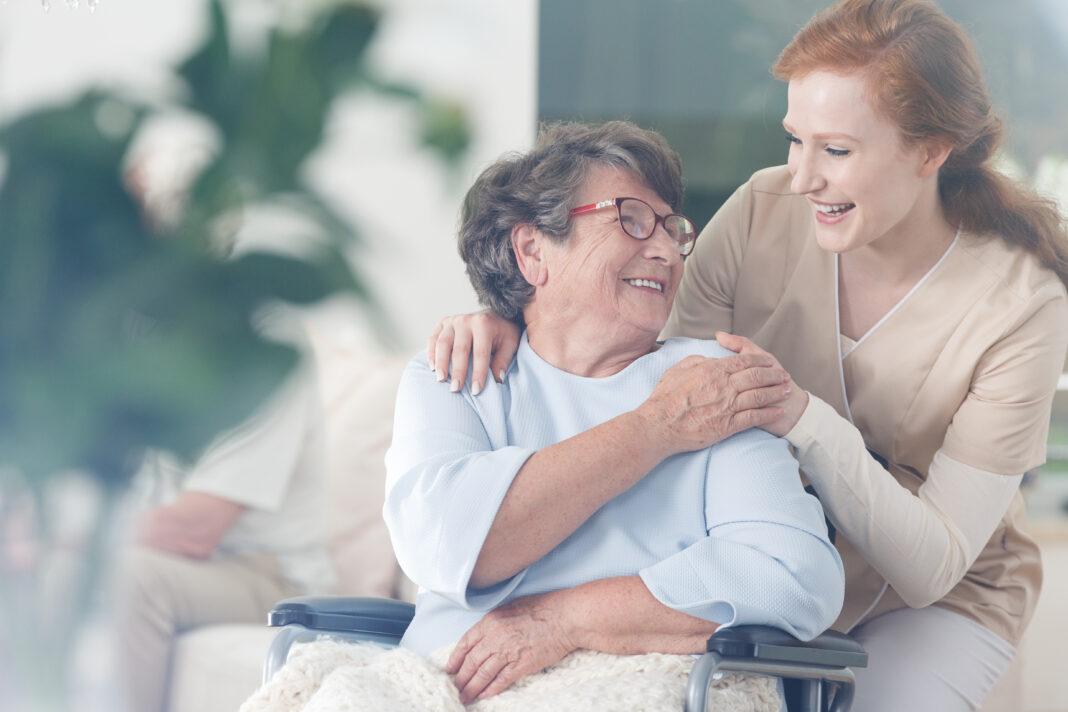 Comment prendre soin des personnes âgées ?
