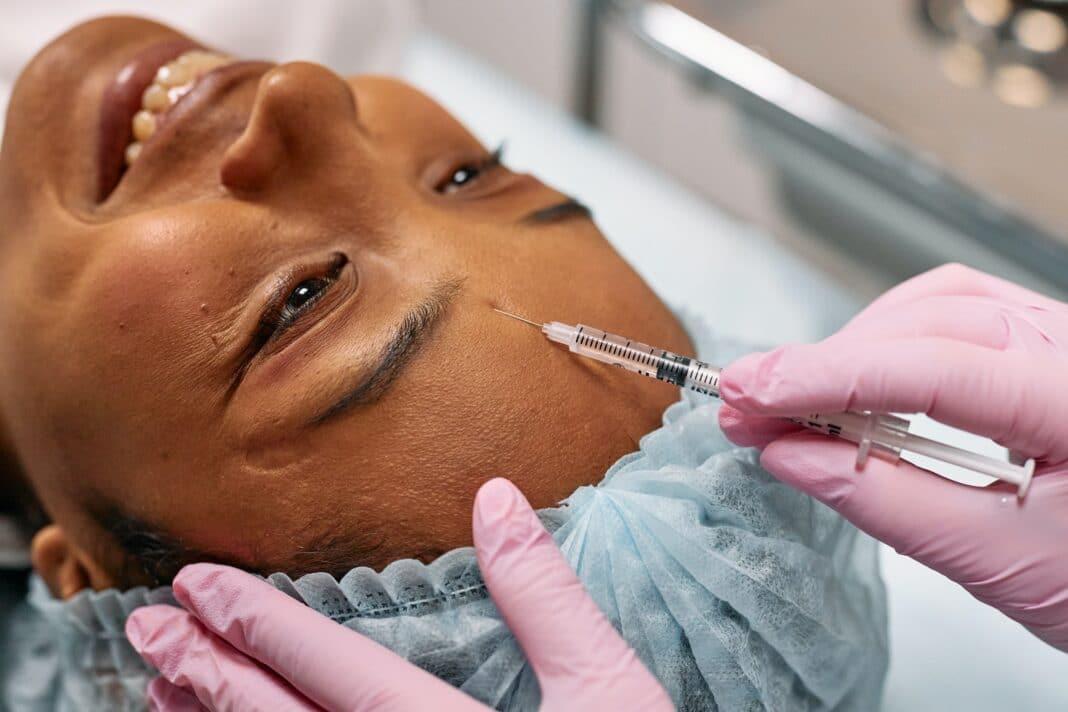 Qui peut faire des injections de botox à Rouen ?